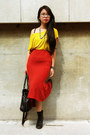 Black-workman-aldo-boots-ruby-red-mullet-forever-21-skirt