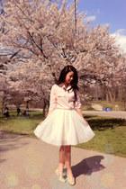 ivory gauze a-line MakMaks skirt - light pink Ozzi blouse