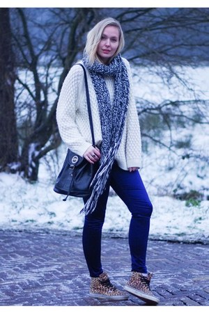white knit H&M sweater - deep purple treggings H&M leggings