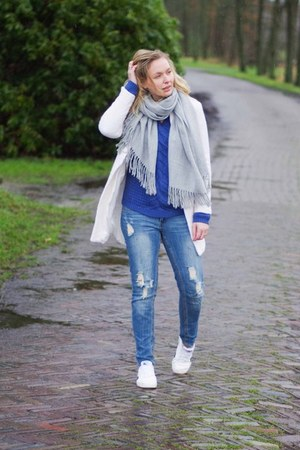 white white Yesstyle coat - blue denim WE fashion jeans