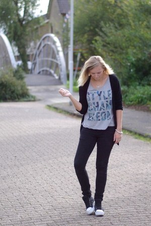wibra jeans - Coolcat shirt - Primark cardigan - Nelly sneakers