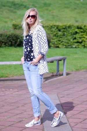 H&M jeans - Yesstyle shirt - Choies cardigan - H&M sneakers