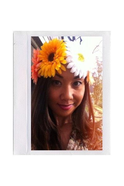 the daisy crown 1VintageSoul hair accessory