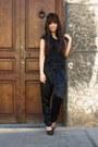 Black-aldo-bag-black-zara-t-shirt