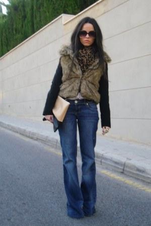 navy Stradivarius jeans - black H&M jacket - off white Liberto shirt