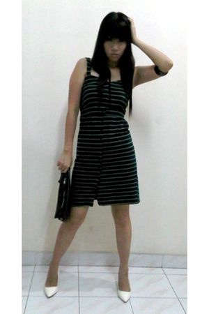 green Gaudi dress - white Charles & Keith shoes - black balenciaga purse - black