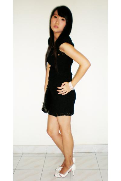 black zara dresses white charles keith shoes black