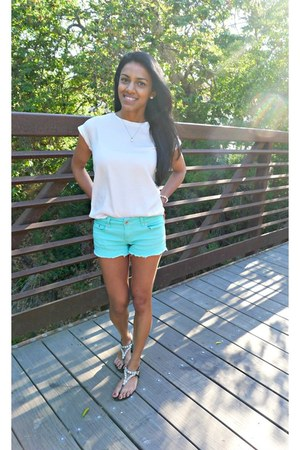 ivory H&M top - aquamarine Charlotte Russe shorts - black Forever 21 sandals