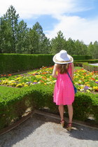 white modcloth hat - hot pink H&M dress - brown Mossimo wedges