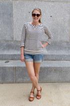 navy striped madewell top - light blue JCrew Factory shorts