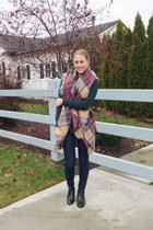beige tartan Zara scarf - black sam edelman boots - navy madewell jeans