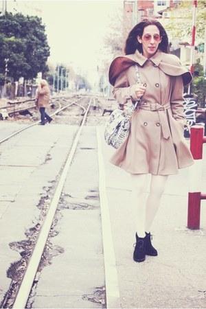camel Topshop coat - black Aldo boots