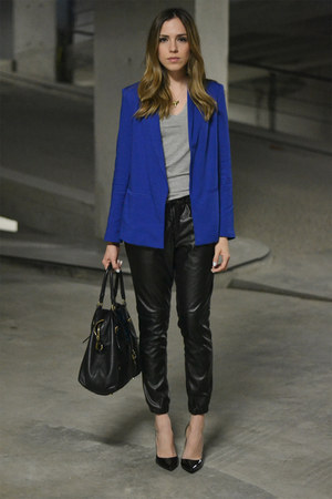blue Forever 21 jacket - black leather Michael Kors bag