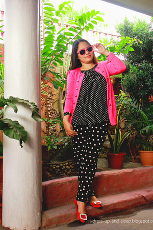 black and white blouse - fuchsia pink blazer - pants