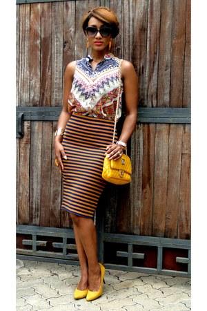 mustard 2NU shoes - navy 2NU skirt