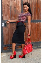 black 2NU skirt - ruby red 2NU top