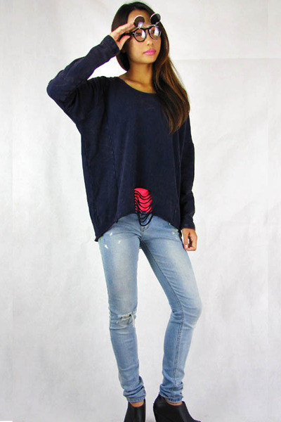 navy 2amstyles sweater - black 2amstyles sunglasses