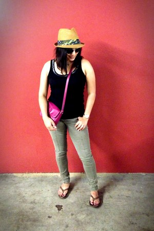 magenta cynthia rowley bag - beige Target hat - dark brown kate spade sunglasses