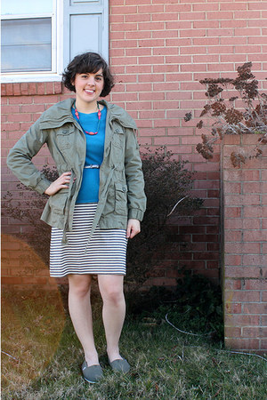 olive green Old Navy jacket - heather gray striped tory burch dress