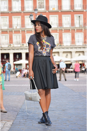 black H&M hat - black BLANCO skirt - charcoal gray H&M t-shirt