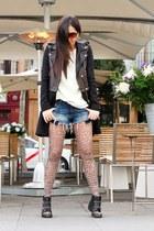 black Zara coat - black Stradivarius boots - cream pull&bear sweater