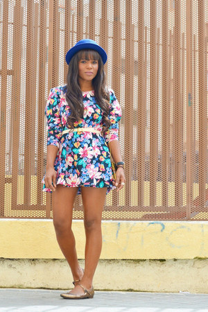 yellow hazel shoes - bubble gum vintage dress - blue H&M hat