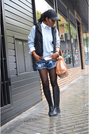 black Decathlon boots - sky blue Ralph Lauren sweater - black H&M hair accessory