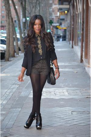 black fama boots - black Zara blazer - black vintage shorts