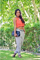 coral unit y H&M top - heather gray Sfera pants - black Zara sandals