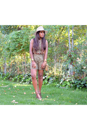 mustard volum bag - olive green el corte ingles bodysuit - brown BLANCO sandals