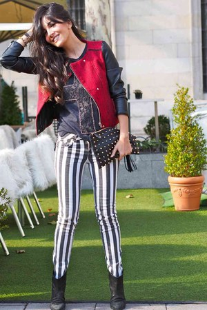 black pull&bear boots - red Pull & Bear jacket - black Primark bag