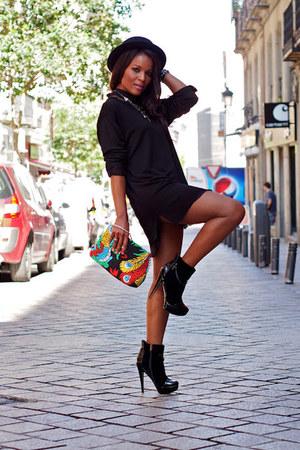 black H&M hat - blue fama boots - yellow vintage shirt - hot pink vintage bag