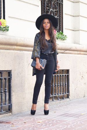olive green vintage cardigan - black fama shoes - black H&M hat