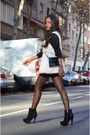 Black-fama-boots-black-massimo-dutti-dress-white-el-corte-ingles-vest