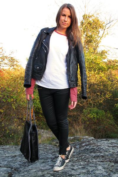4bf5430ef61d black Converse shoes - black leather Rocknblue jacket - black chain  Scorette bag