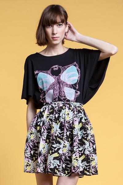 Raphaelle Hlimi t-shirt