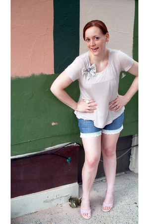 Forever 21 plus a little DIY top - DIY lace cutoffs shorts - Gap shoes - handmad