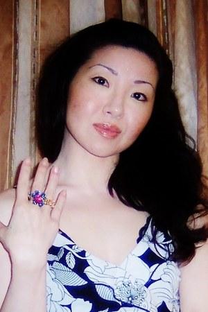 blue Shanghai Splendor ring