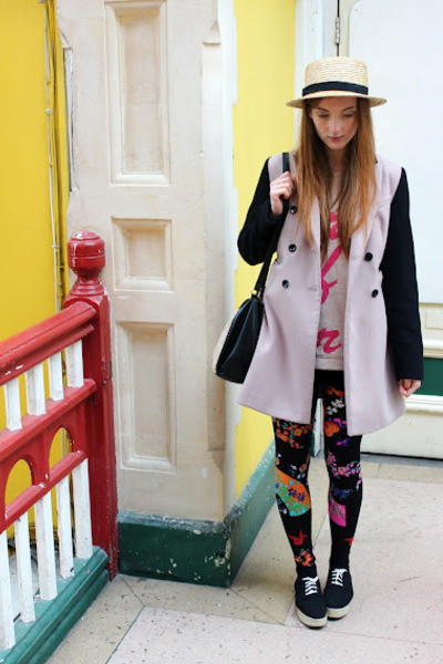 hot pink floral leggings Versace H&M leggings - beige DP coat