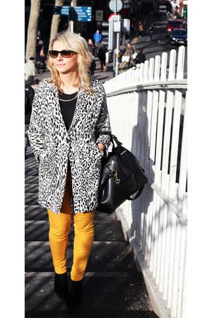 leopard print Zara coat - Primark boots - mustard warehouse jeans