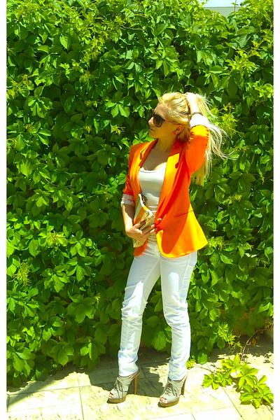 white Bershka jeans - carrot orange Zarara blazer - nude Mango heels