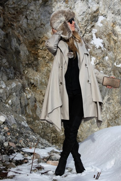 beige All Saints coat - black Topshop boots