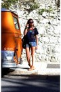 Zara-boots-minelli-bag-h-m-shorts-urban-outfitters-t-shirt