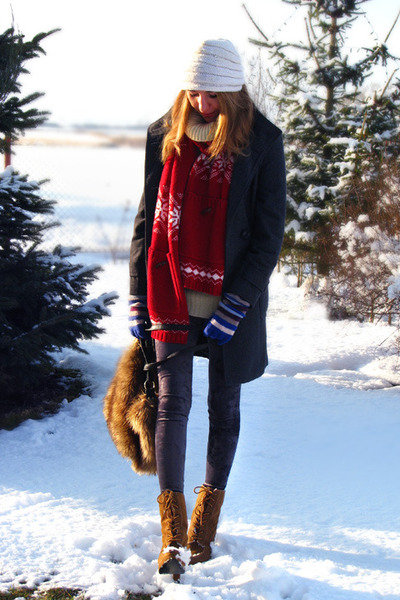 red knit H&M scarf - burnt orange laced up Primark boots - ivory vintage hat