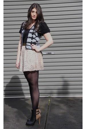 sky blue sass & bide vest - black Zara boots - beige Glassons skirt