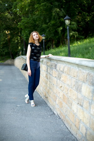 navy Bershka pants