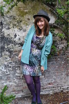 blue vintage cardigan - purple H&M dress - green thrifted shoes - Etsy accessori