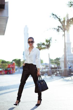 Gucci bracelet - zeroUV sunglasses - Etxart and panno blouse