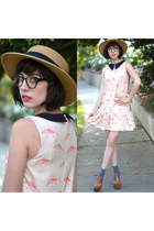 PepaLoves dress - bubble gum accessories