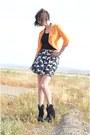 Crimson-cat-print-chicwish-skirt